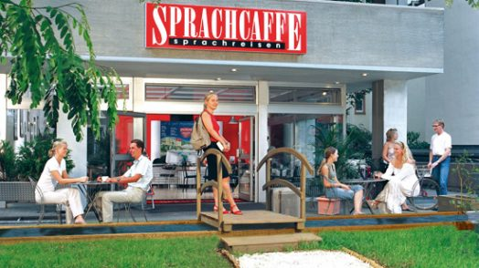 Sprachcaffe_Frankfurt_School building Entrance (2)