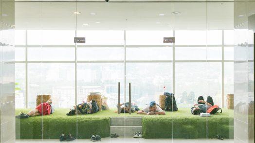IDEA ACADEMIA_green lounge02