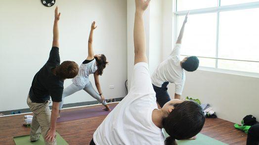 IDEA ACADEMIA_yoga02